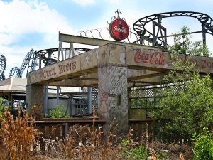 Zone-of-Cool-no-more-at-abandoned-six-flags-New-Orleans